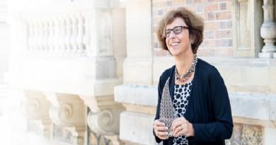 عالمة فيزياء سويسرية تفوز بجائزة المخترع الأوروبي لابتكاراتها في مجال الليزر