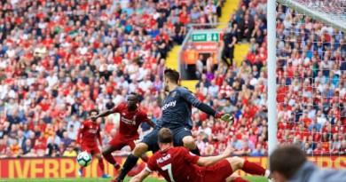 ليفربول يكتسح وست هام في الدوري الإنجليزي