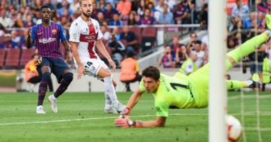 برشلونة يعتلي صدارة الليجا بفوز كاسح على هويسكا