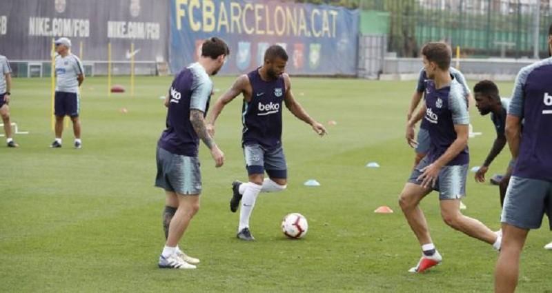 غيابات عن قائمة برشلونة لمواجهة آيندهوفن