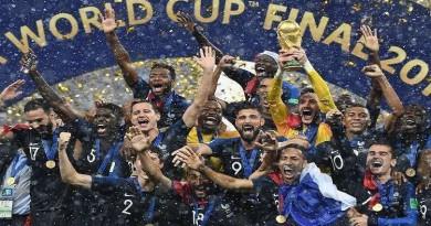 """روسيا تفوز بكأس العالم لكرة القدم """"اقتصاديا"""""""