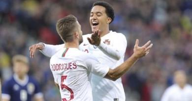 البرتغال تكتسح إسكوتلندا بثلاثية في لقاء ودي