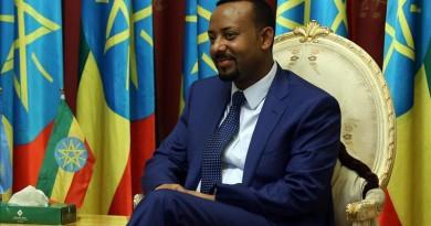 """البرلمان الإثيوبي يوافق على حكومة """"آبي أحمد"""" الجديدة"""