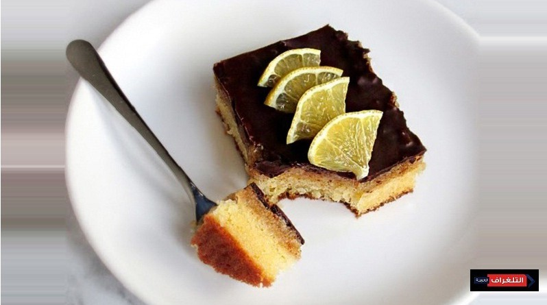 CHOCOLATE LEMON CAKE BARS