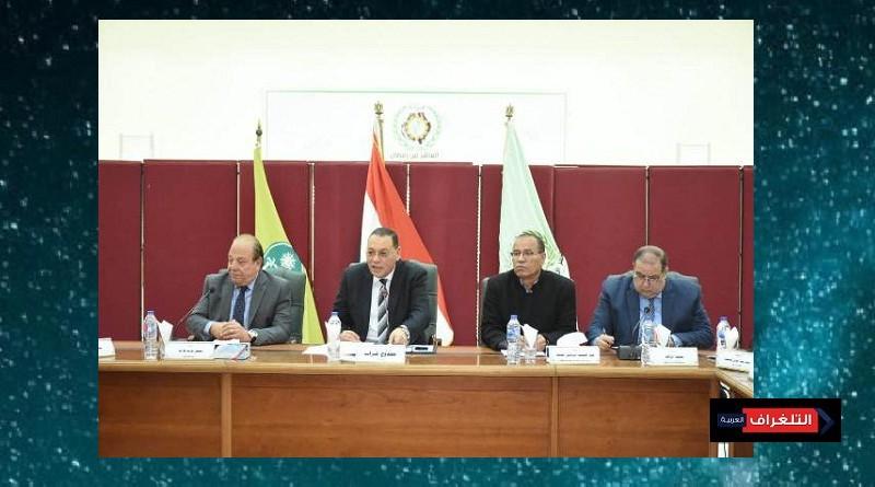 غراب يشارك  إجتماع مجلس أمناء مدينة العاشر من رمضان لبحث وحل مشاكل المدينة