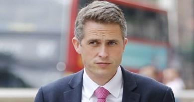 وزير الدفاع: بريطانيا ستستعرض عضلاتها العسكرية بعد ترك الاتحاد الأوروبي