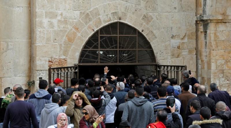 اعتقال العشرات لتجنب اضطرابات حول المسجد الأقصى