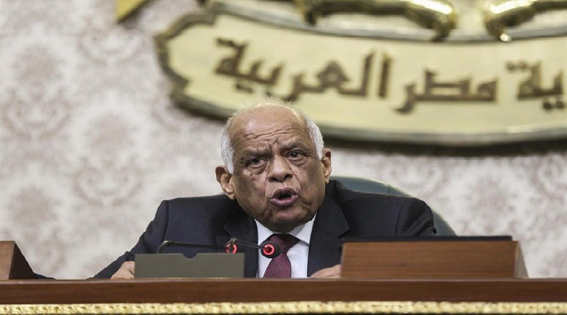 عبد العال يستطلع رأى «التشريعية» في إسقاط عضوية «بشر» و«الهواري»
