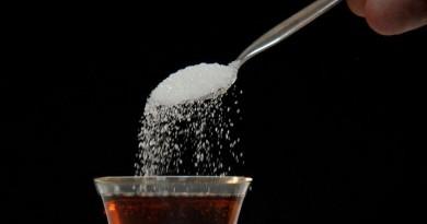 دراسة: اتباع نظام غذائي منخفض السكريات يقلل دهون الكبد لدى الأطفال والمراهقين