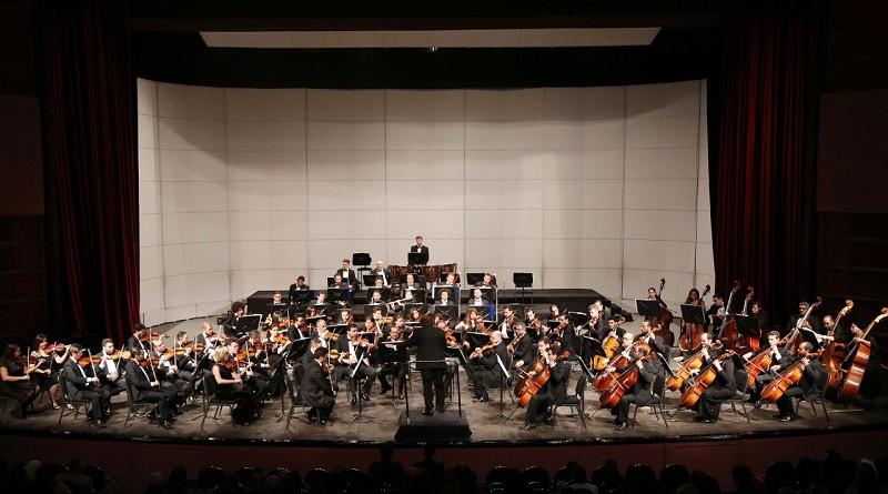 السيمفونى يعزف نشوة الحب على المسرح الكبير