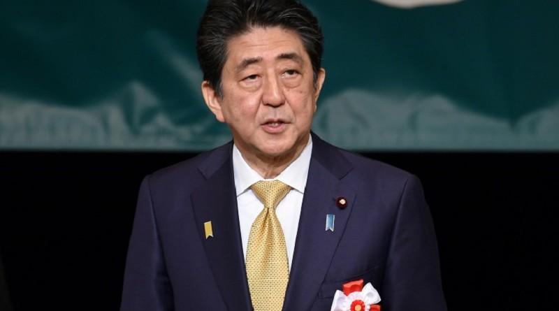 رئيس وزراء اليابان يتعهد التصدي لسوء معاملة الأطفال في البلاد
