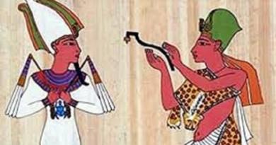"""""""عيد الحب"""" ثقافة مصرية...الفراعنة علموا أبناءهم قصص العشاق"""