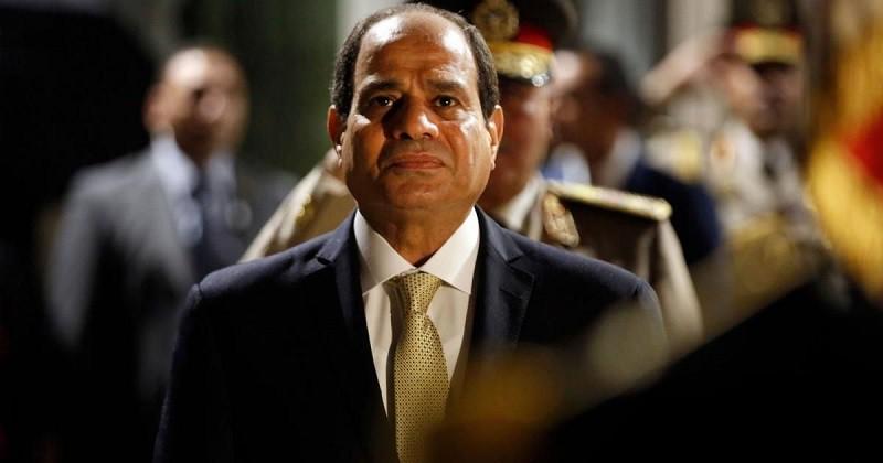 130 أسرة مصرية في ليبيا تستغيث بالسيسي: «مستقبل أولادنا هايضيع»