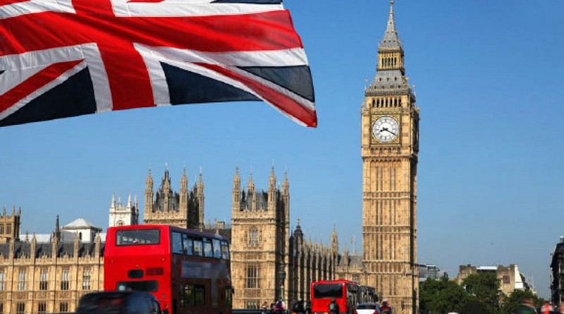 """بريطانيا تسقط الجنسية عن شقيقتين بعد زواجهما من عناصر """"داعش"""""""
