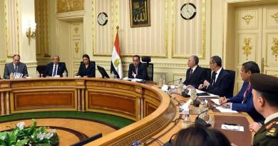 رئيس الوزراء يتابع خطط التعاون ودعم المشروعات التنموية مع الدول الإفريقية