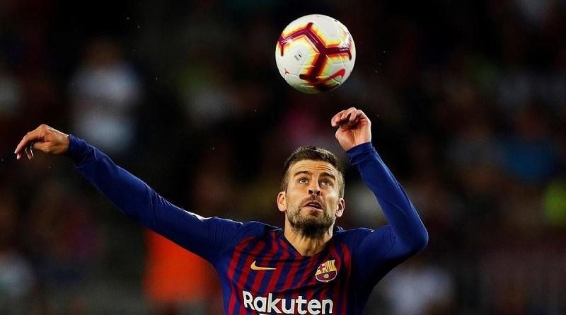أسطورة برشلونة: بيكيه أفضل مدافع في العالم