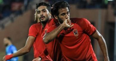 الأهلي يكتسح شبيبة الساورة بثلاثية ويتأهل لربع النهائي