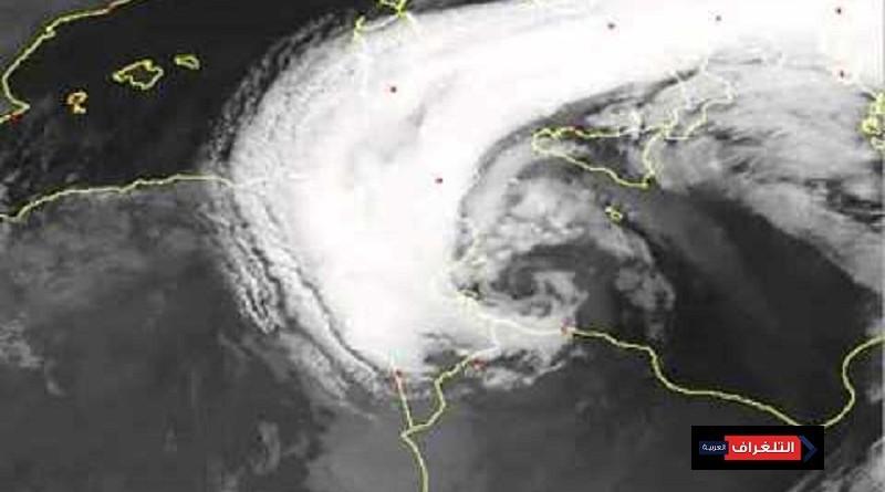 طقس الأربعاء : سيول وفيضانات على تونس والجزائر واستقرار فى مصر