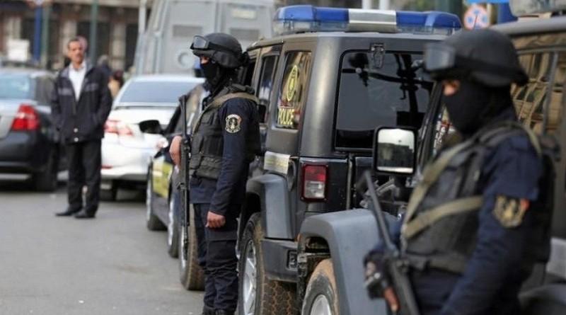 ضبط تشكيل عصابي تخصص في استخراج تأشيرات الدول الأجنبية بمستندات مزورة بالإسكندرية