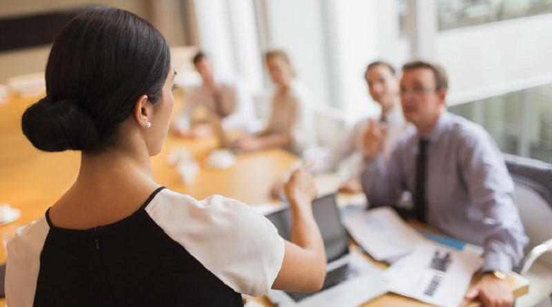 العمل الدولية: النساء ما زلن يصارعن للعثور على عمل
