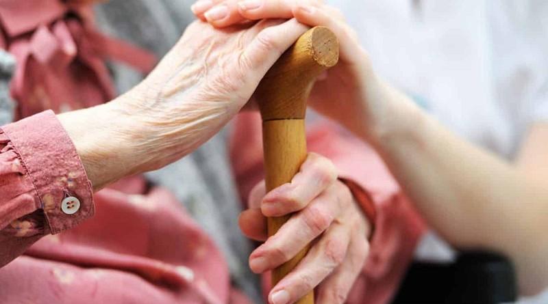 دراسة: ضغط الدم المنخفض يعزز وظائف المخ لدى كبار السن