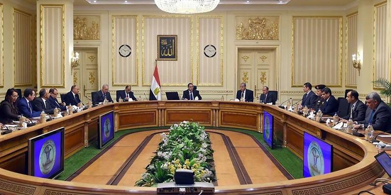 الحكومة تعمل على زيادة المخزون من السلع الاستراتيجية ليكفى فترة تتراوح بين ٥-٦ أشهر