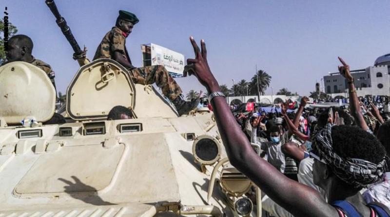 الخارجية الأمريكية تطالب الجيش السوداني بإفساح المجال أمام عملية انتقالية بقيادة مدنية