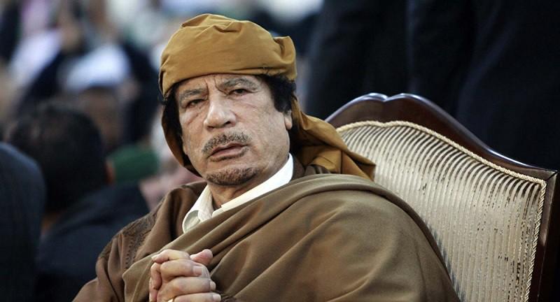 """""""التايمز"""": القذافي خبأ ملايين الدولارات قبل اغتياله بأيام"""