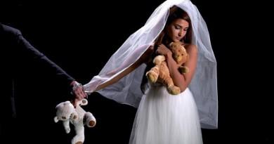 الحالة الاجتماعية والفقر دفعت الأسر لبيع أطفالهم عن طريق تزوجهم مبكرًا!