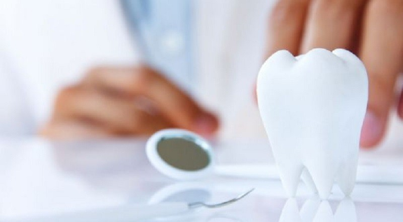 الكثير يتجاهل.. 10 علامات تعني زيارة طبيب الأسنان مهمة