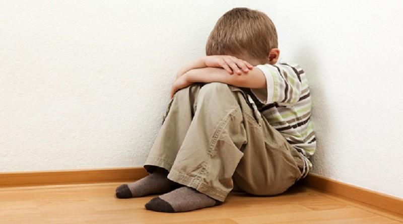 إساءة معاملة الطفل تصيبه بمرض خطير