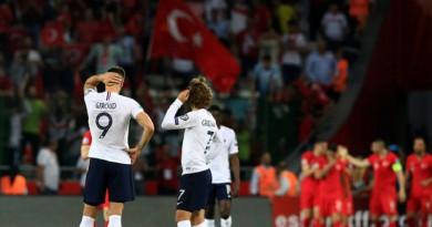 """تركيا تُسقط فرنسا """"بطلة العالم"""" في تصفيات """"يورو 2020"""""""