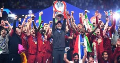 ليفربول يعلن رحيل لاعبيه