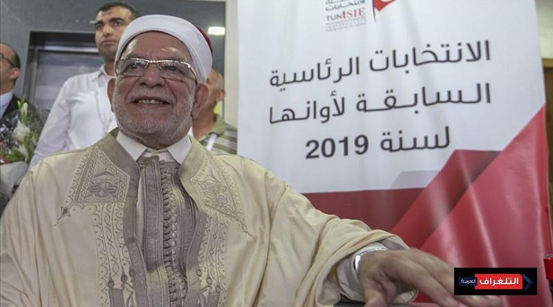 مورو يقدم رسميا طلب الترشح للرئاسة