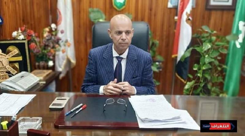 وكيل وزارة الصحة و التربية والتعليم بالشرقية يتابعا حالة طالب لسقوطه من علو بكفر صقر