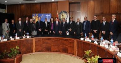 إكسون موبيل تحتفل بتوقيع اتفاقيتين بحريتين للبحث والتنقيب عن الغاز الطبيعي في مصر