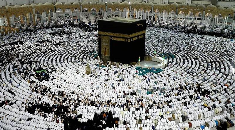 آل الشيخ يحسم رسميا الجدل حول استمرار الصلاة بالمساجد وتراويح رمضان