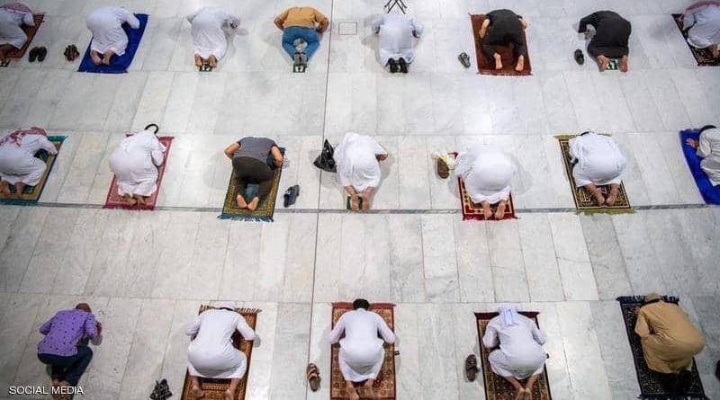 المسجد الحرام يستقبل المصلين بعد 7 أشهر(فيديو)